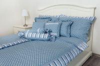 Bavlněné povlečení Puntík modrý s proužkem